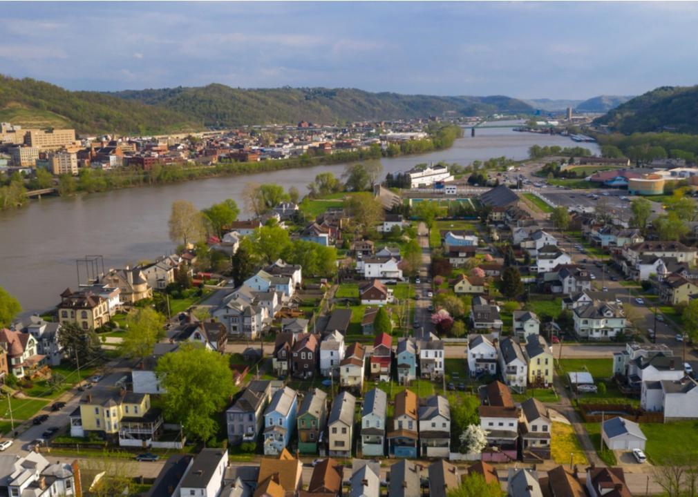 West Virginia, neighborhood
