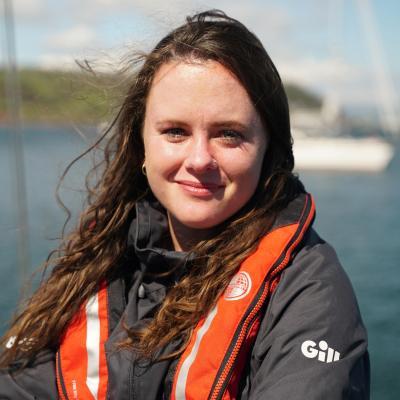 Profile picture for user Andrea Vale
